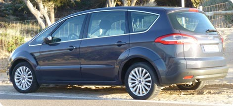 Ford S-Max hire minivan in Mykonos