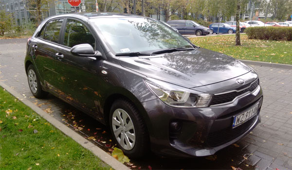 Green Motion car Kia Rio