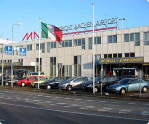 Low-cost Maastricht Airport car hire - Ryanair in the Netherlands