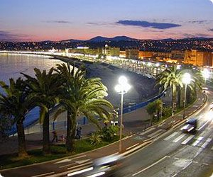 Nice car hire - car rental offers at Promenade des Anglais
