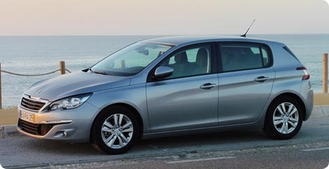 Compact class hire Nice - Peugeot 208