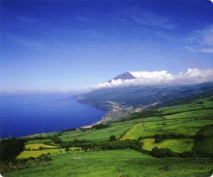 Compare car hire deals at Pico Airport - Azores rent-a-car Cartrawler