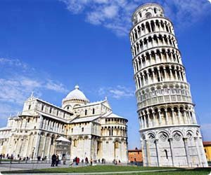 Low cost car hire Pisa Airport - car rental Tuscany