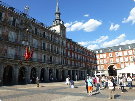 Madrid attractions Plaza Mayor