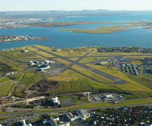 Competitive rates on car hire Reykjavik Airport – 4x4 Car hire in Iceland's capital