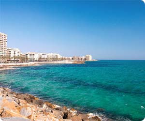 Car hire Torrevieja - compare car rental companies in Costa Blanca, Spain